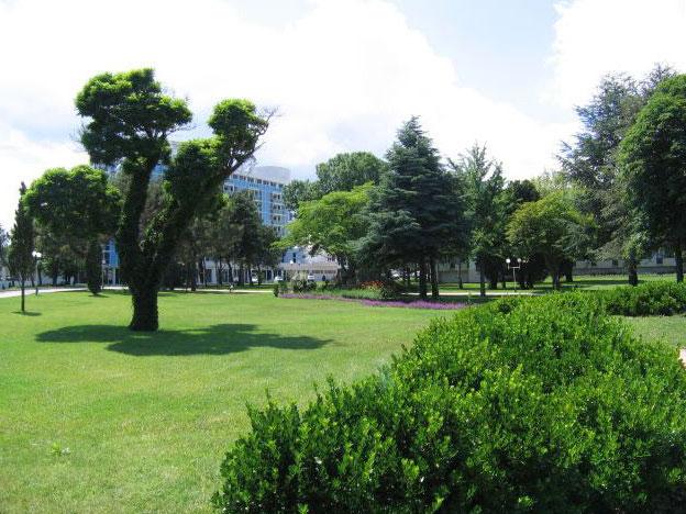 Термальные источники на курорте Святой Константин и Елена.